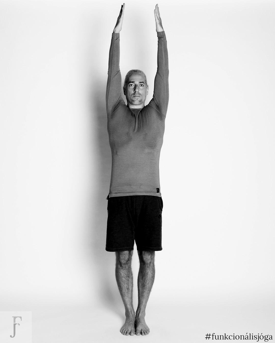 állva-karemelés-3-tartásjavító-gyakorlat