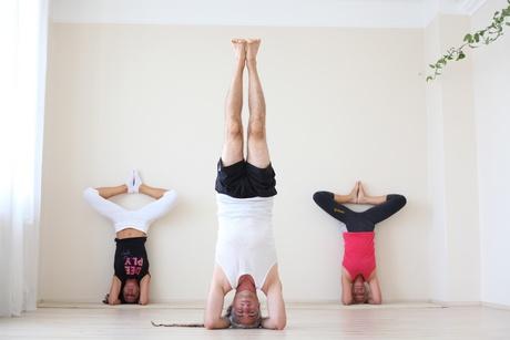 funkcionális jóga - fordított tartások - fejállás - sírsászana