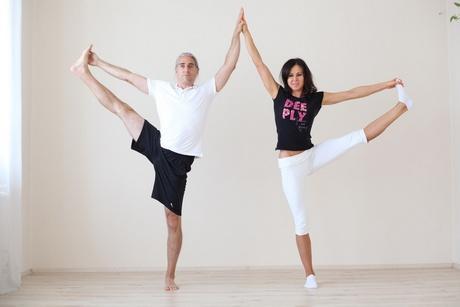 funkcionális jóga - Y állás - utthita haszta pádángusthászana